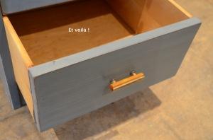 Meuble 3 tiroirs gris dégradé, détail tiroir