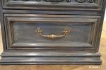 Chevet gris - détail tiroir inférieur