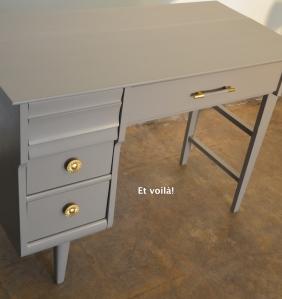 Pupitre, détail tiroirs