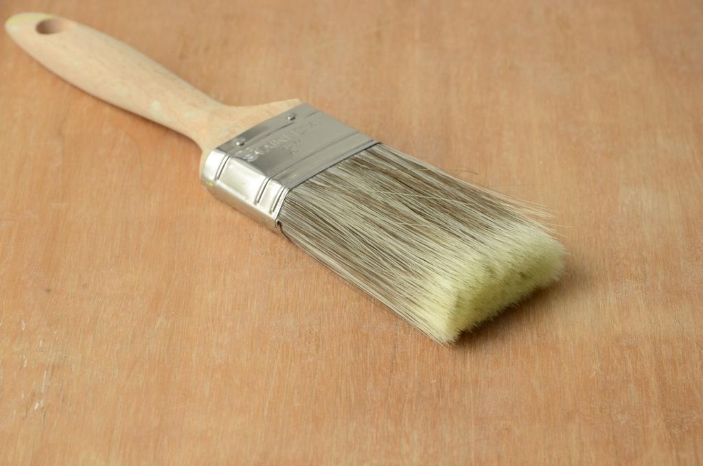 les bons outils pour peindre un meuble | et voilà ! atelier