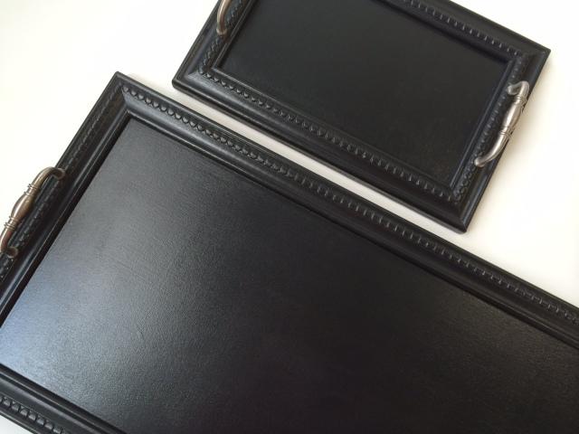 Plateaux noirs vintage faits à la main à Montréal par Et voilà Atelier