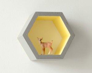 Mini étagère Hexagonale alvéole gris et jaune 2 - Et voilà Atelier